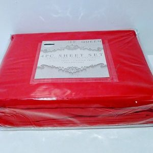 EHF, ultra soft sheet sets color red ,size Queen.